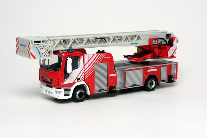 IVECO DLK 23-12 CS NEW EUROCARGO CAB 2008 Pompiers Grande Echelle MAGIRUS 1/43 ELIGOR