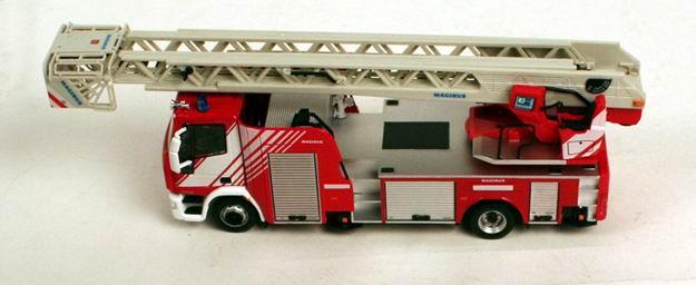 Camion de Pompiers Grande Echelle MAGIRUS 1/43 ELIGOR