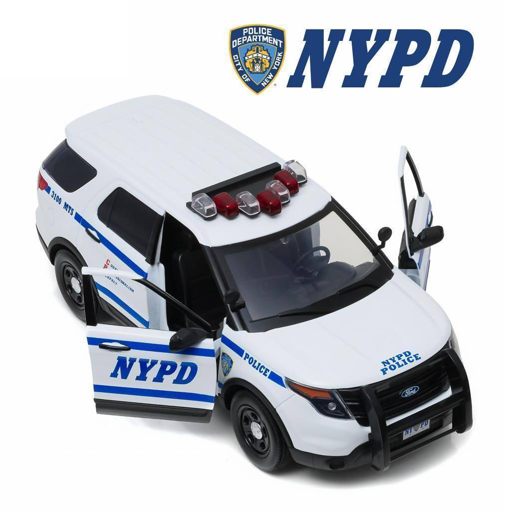 Miniature Voiture FORD POLICE INTERCEPTOR 2015 NYPD NEW YORK POLICE DEPARTMENT 1/18