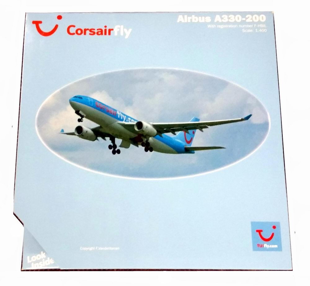 Maquette avion Airbus A330-200 Corsairfly.com 1/200