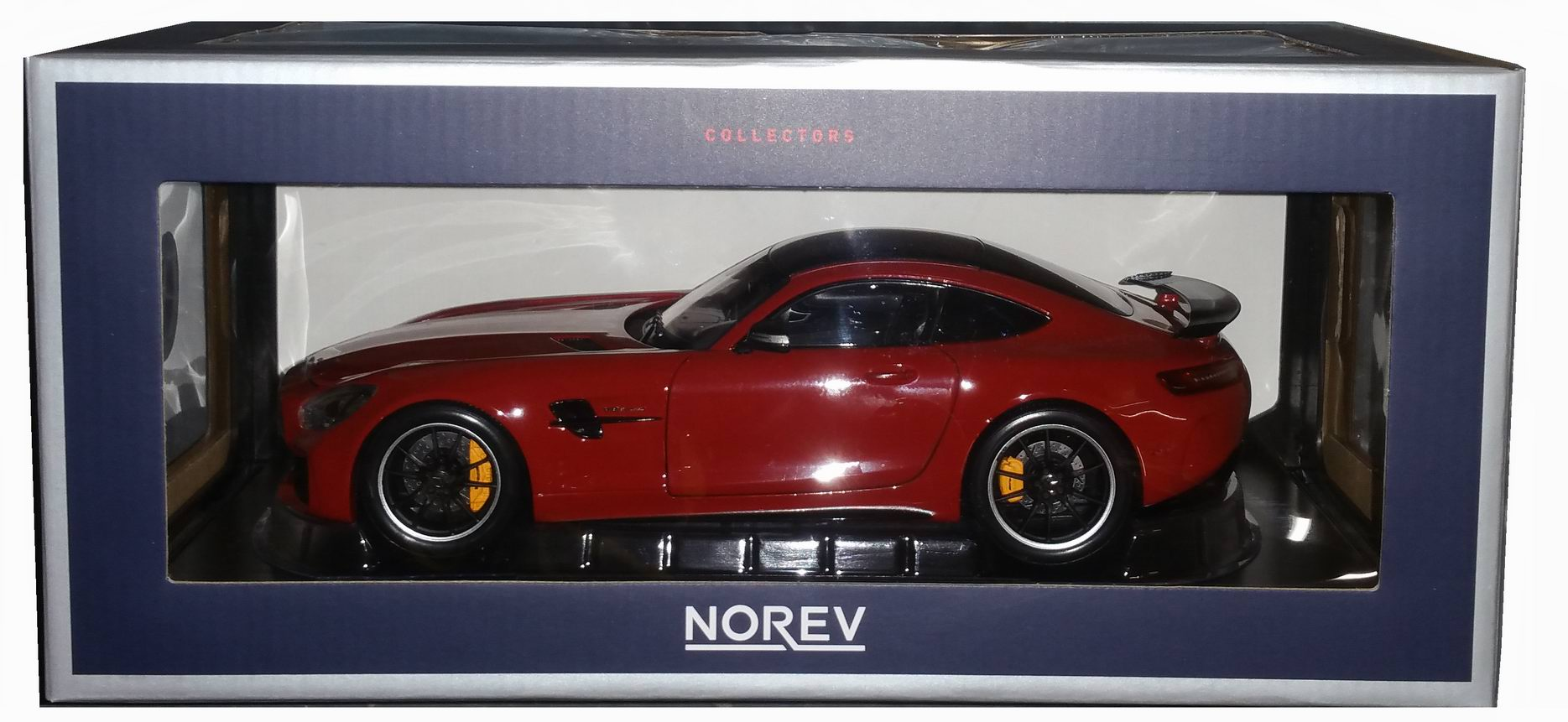 miniatures autos 1 18 norev mercedes benz mercedes. Black Bedroom Furniture Sets. Home Design Ideas