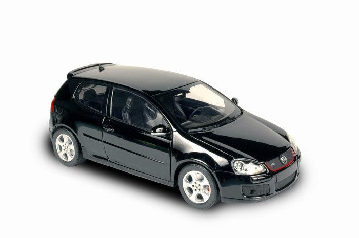 VOLKSWAGEN Golf GTI Noir 2004 NOREV 1/18