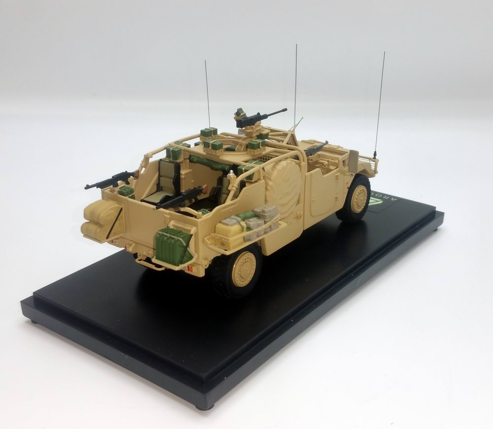 Miniature Voiture RENAULT SHERPA ARQUUS LIGHT PLFS SABRE VEHICULE LOURD DES FORCES SPECIALES 1/48 MASTER FIGHTER BY GASO.LINE