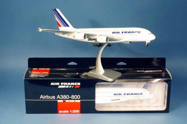 Maquette avion de ligne Air France A380-800