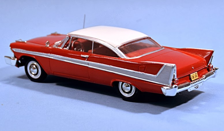Maquette kit Voiture CHRISTINE Plymouth Fury Belvédère 1958 1/24