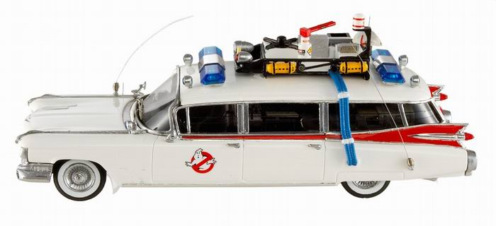 v hicule cadillac ghostbusters ecto 1 ambulance sos. Black Bedroom Furniture Sets. Home Design Ideas