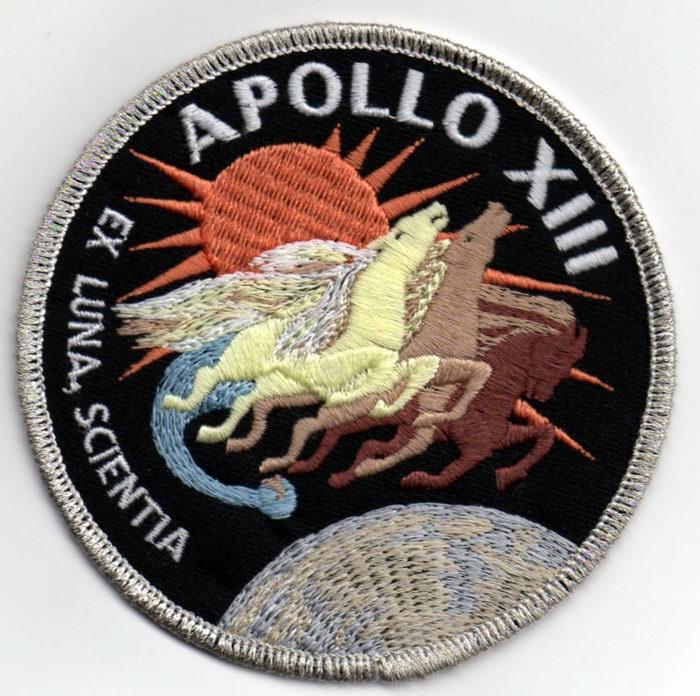 apollo mission patches - 700×696