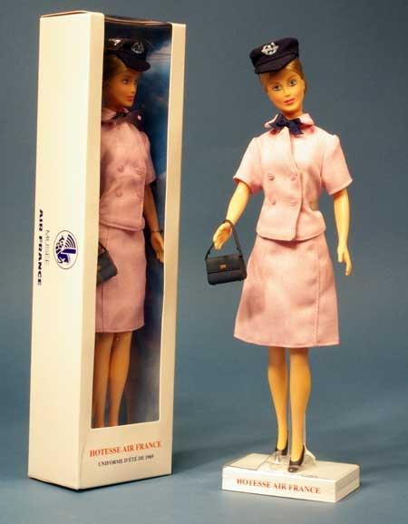 Poupée hôtesse de l'air Balenciaga pour AIR FRANCE