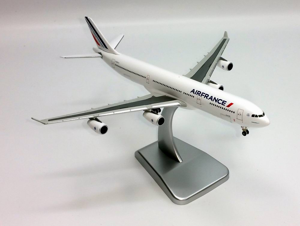 Maquette avion en métal AIRBUS A340-300 AIR FRANCE 1/400