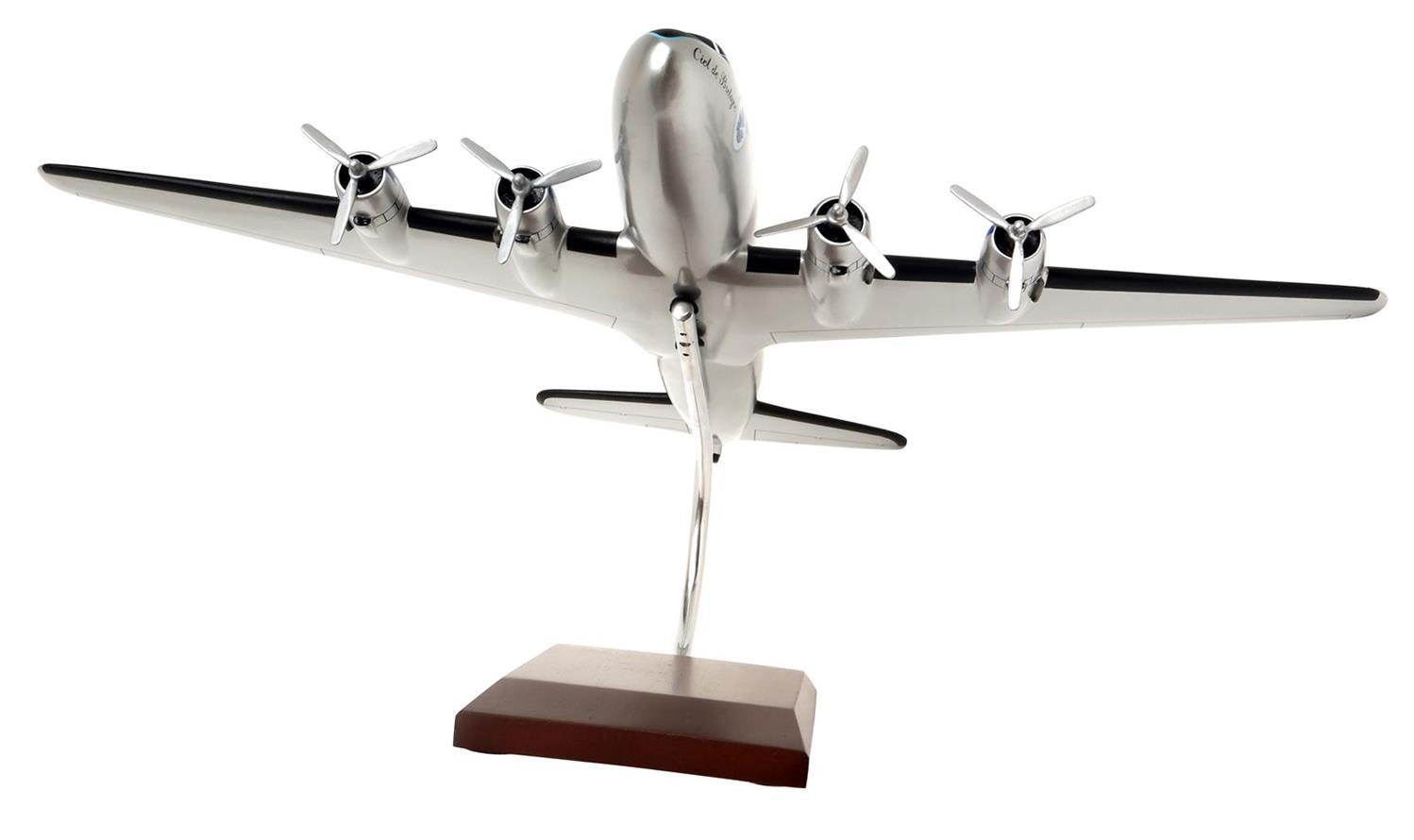 DOUGLAS DC-4 AIR FRANCE sur socle demi-globe Socatec