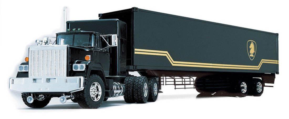 Maquette Camion Remorque kitt K2000 KNIGHT RIDER 1/28