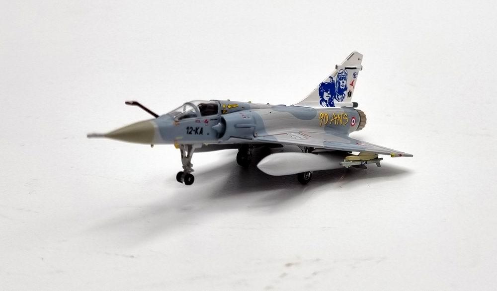 Maquette avion Mirage 2000-C EC 2/12 1/200 Hogan