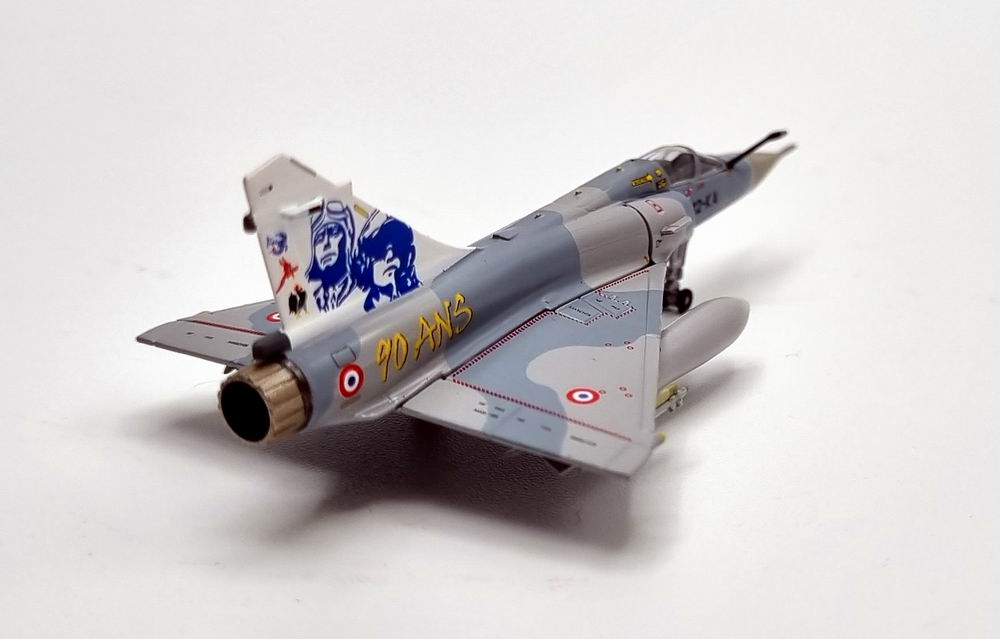 Maquette Mirage 2005C Dassault Aviation EC 2/12 Picardie 1/200