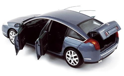 voiture miniature Citroen C6 1/18 norev