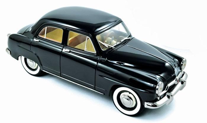 Miniature SIMCA 9 Aronde 1951 Noire Norev 1/18