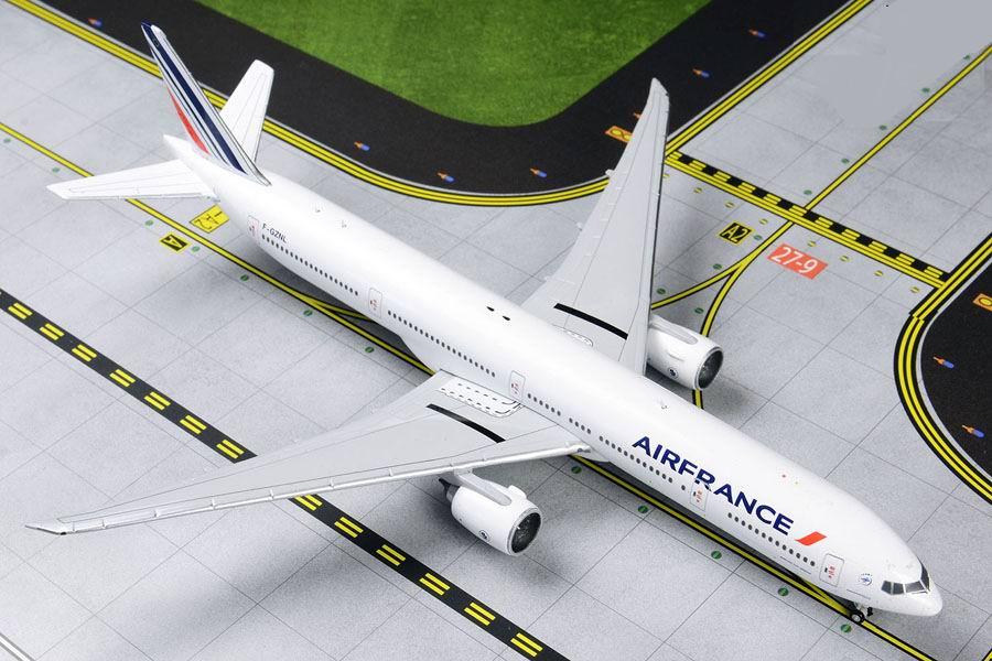 Maquette B777-300ER AIR FRANCE 1/400