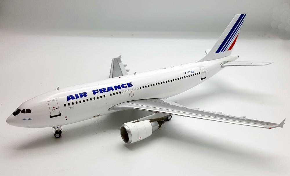 Maquette avion AIRBUSA310-300 AIR FRANCE métal 1/200