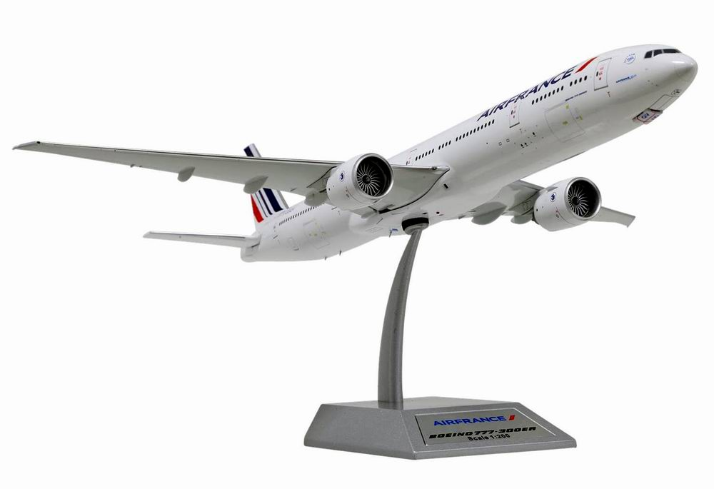Maquette BOEING 777-300ER AIR FRANCE 1/200