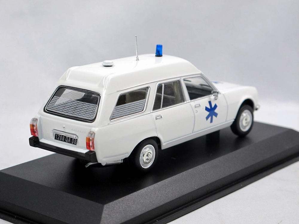 Voiture miniature PEUGEOT 504 Break Ambulence Norev 1/43