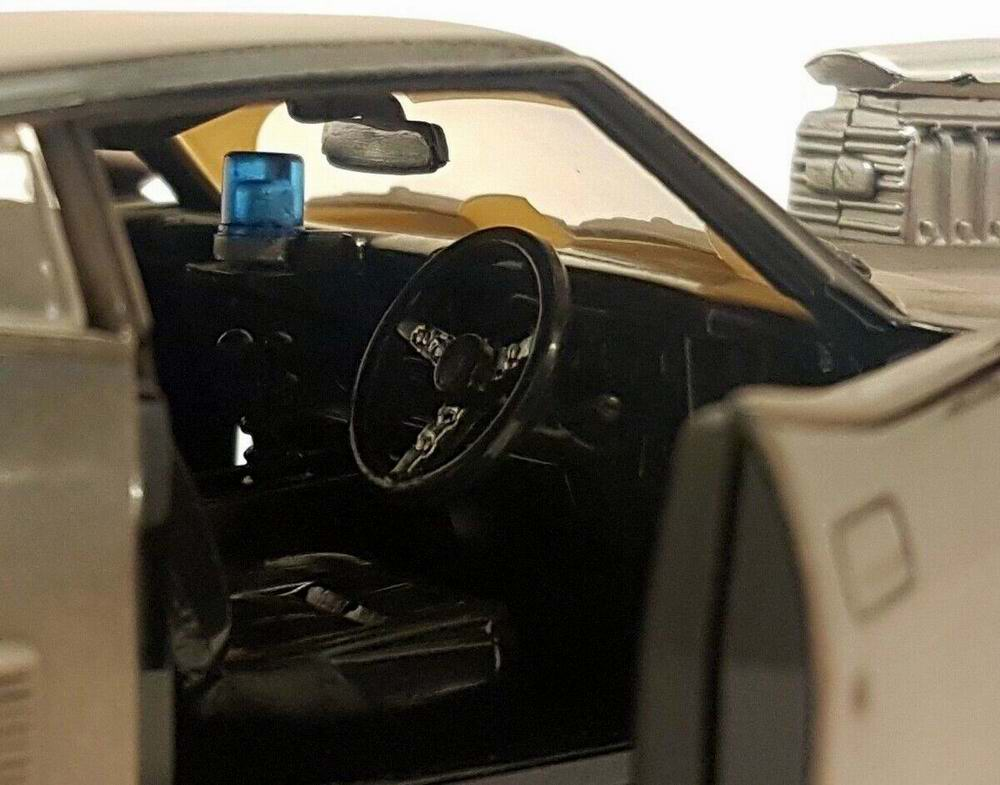 Voiture Mad Max Ford Falcon XB interceptor sale 1/24
