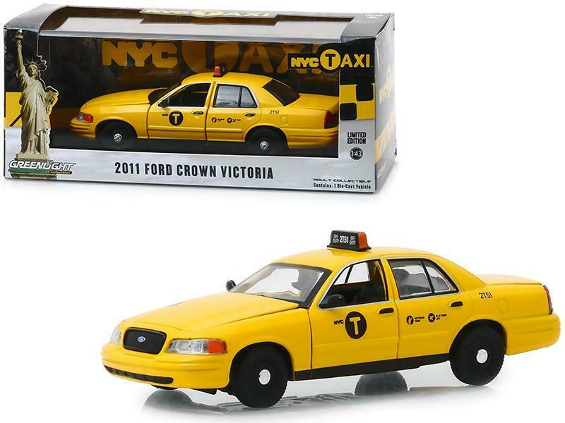 Voiture FORD CROWN VICTORIA 2011 TAXI NYC NEW YORK CITY 1/43