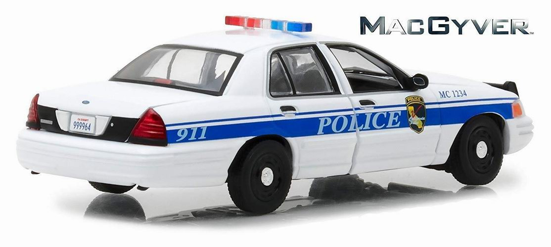 FORD CROWN VICTORIA 2003 POLICE INTERCEPTOR CALIFORNIA MAC GYVER 1/43