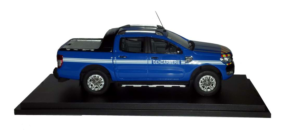petite voiture Ford Ranger pickup GENDARMERIE 1/43 Alarme