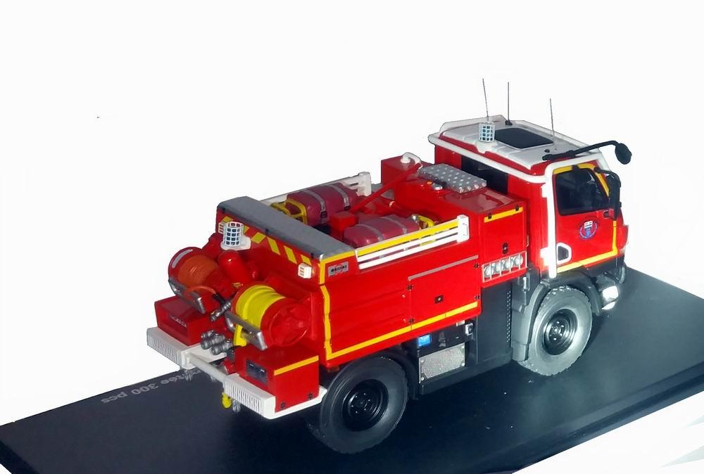 Miniature Camion de Sapeurs Pompiers Unimog U20 CCF Massias SDIS 31 Haute Garonne 1/43 Alerte