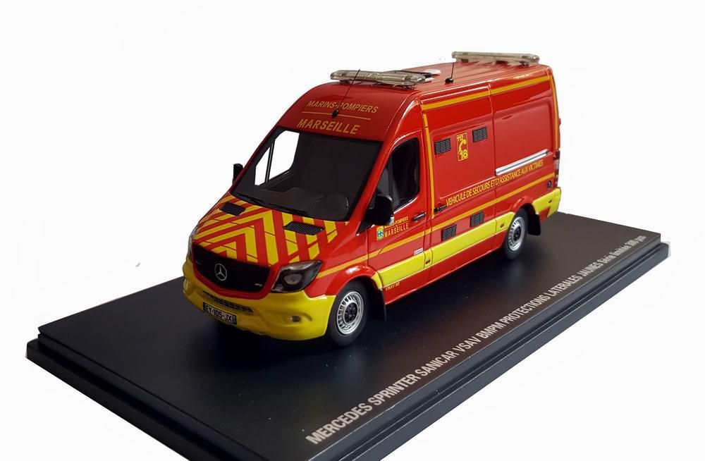 Miniature marins pompiers MERCEDES Sprinter BMPM Marseille VSAV Camion de Marins Pompiers 1/43 Alerte