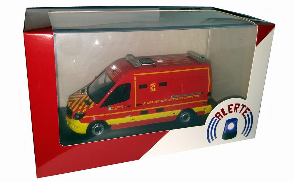 Miniature MERCEDES Sprinter BMPM Marseille SANICAR VSAV Camion de Sapeurs Pompiers 1/43 Alerte