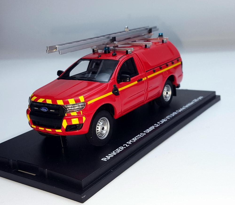 Miniature Ford Ranger VTUHR Véhicule Toute Utilité Hors Route Sapeurs Pompiers 1/43 Alarme