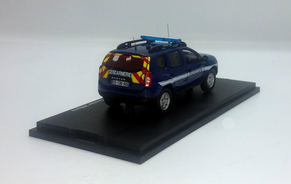 Petite voiture DACIA DUSTER GENDARMERIE 1/43 Alarme
