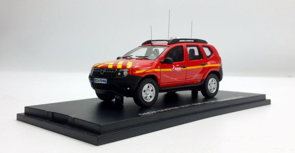 Miniature DACIA Duster VLTT 4x4 pompiers sdis28 1/43 Alarme