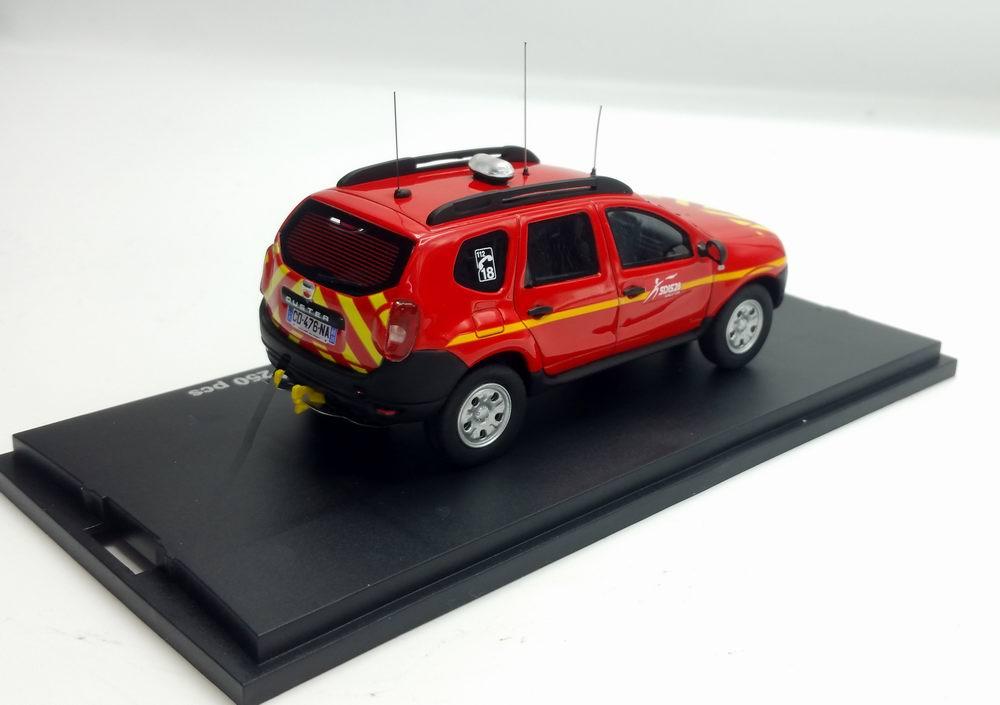 Miniature DACIA Duster VLTT  tout terrain pompiers sdis28 1/43 Alarme