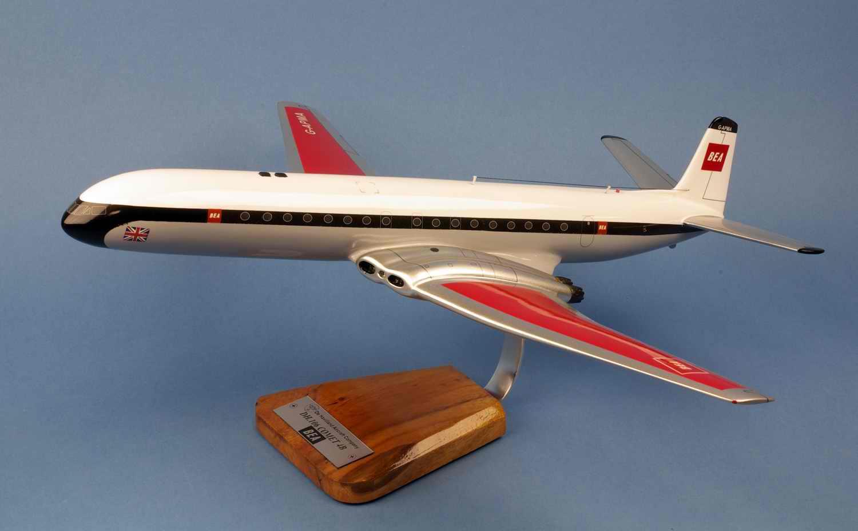 maquette avion DeHavilland DH106 Comet 4B British European Airways