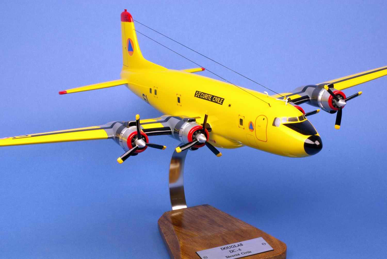 maquette avion Douglas DC-6b Pélican 61 Sécurité civile