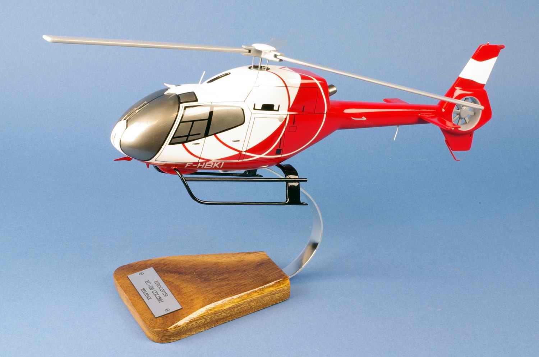 Maquette Hélicoptère EUROCOPTERE EC-120 Colibri Calliope ALAT Helidax 1/25