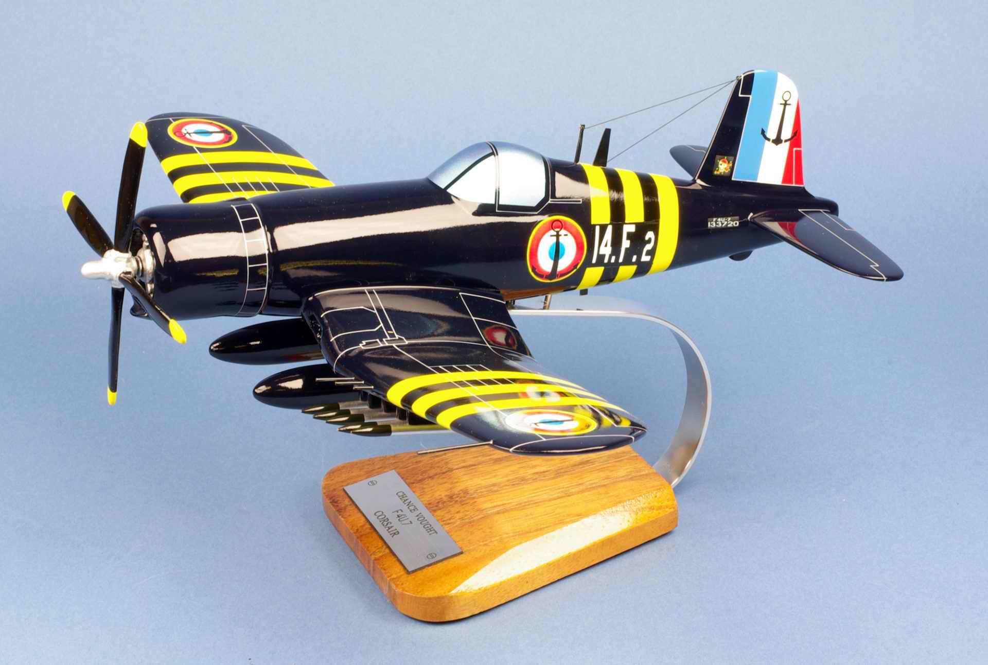 Maquette Avion F4U7 CORSAIR Flottille 14F de l'Aéronavale Française 1/30