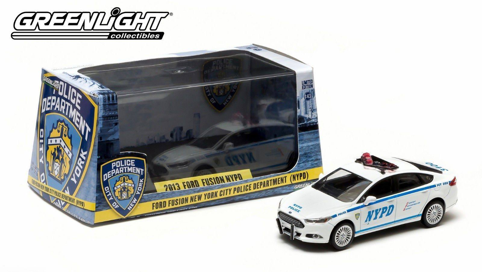 Voiture FORD FUSION 2013 NYPD NEW YORK POLICE DEPARTMENT 1/43