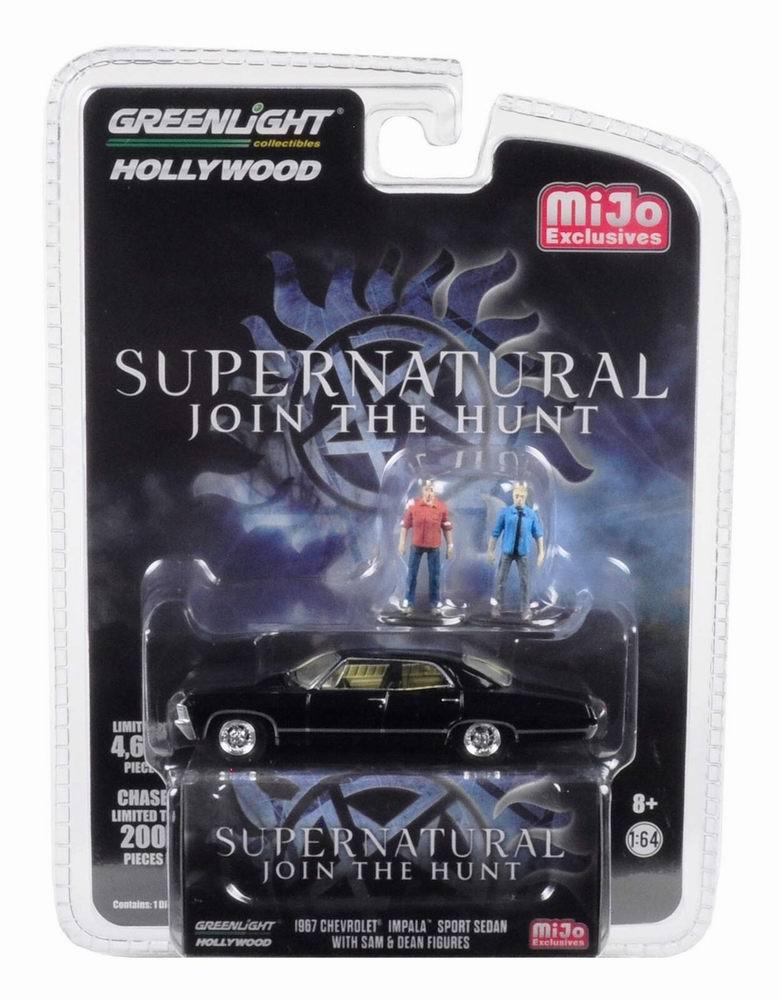 Voiture CHEVROLET Impala SUPERNATURAL Avec Figurines Sam et Dean 1/64