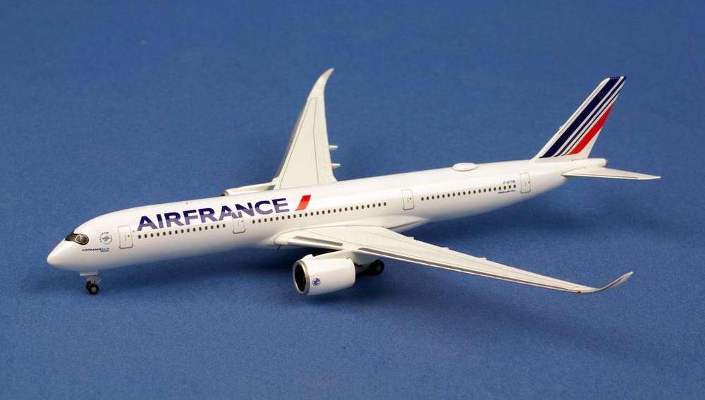 maquette Avion AIRBUS A350900 AIR FRANCE 1/500