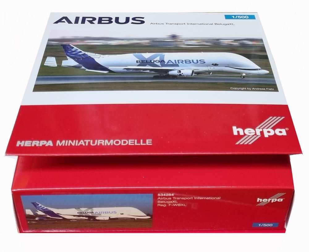 Maquette AIRBUS A330-700L Beluga XL AIRBUS INDUSTRIES 1/500