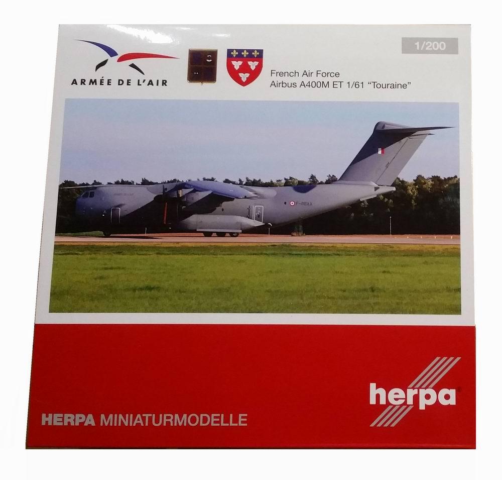 Maquette AIRBUS A400M ET 1/61 Touraine F-RBAA Ville d'Orléans 1/200
