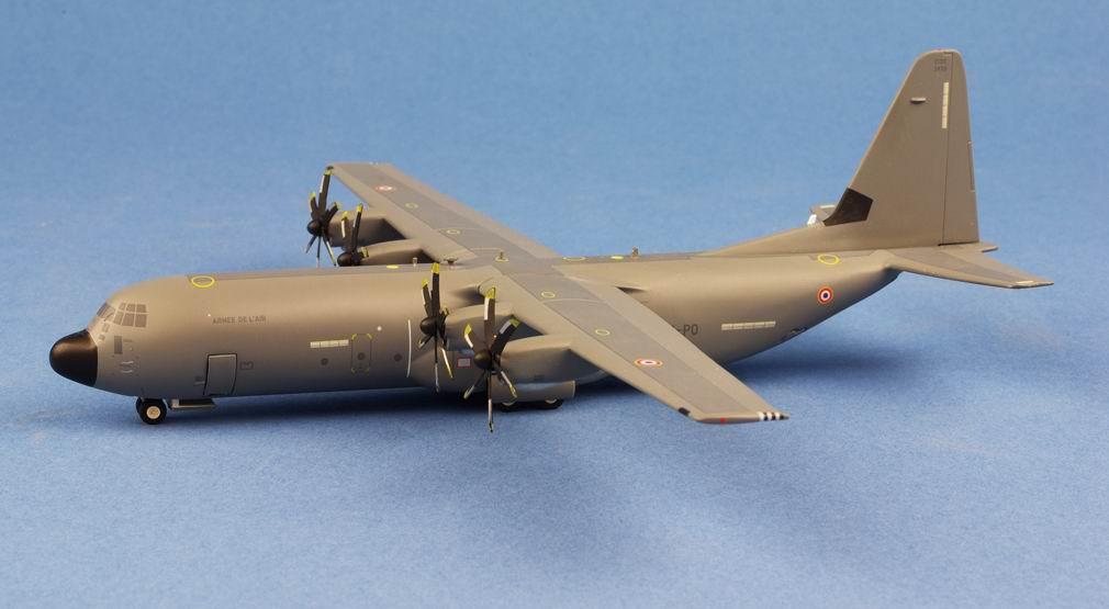 Maquette C130J 30 Super Hercules ET02.061 Franche-Comté 1/200