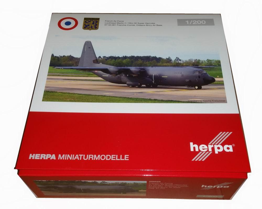 Maquette C130J 30 Super Hercules ET02 061 Ville d'Orléans 1/200