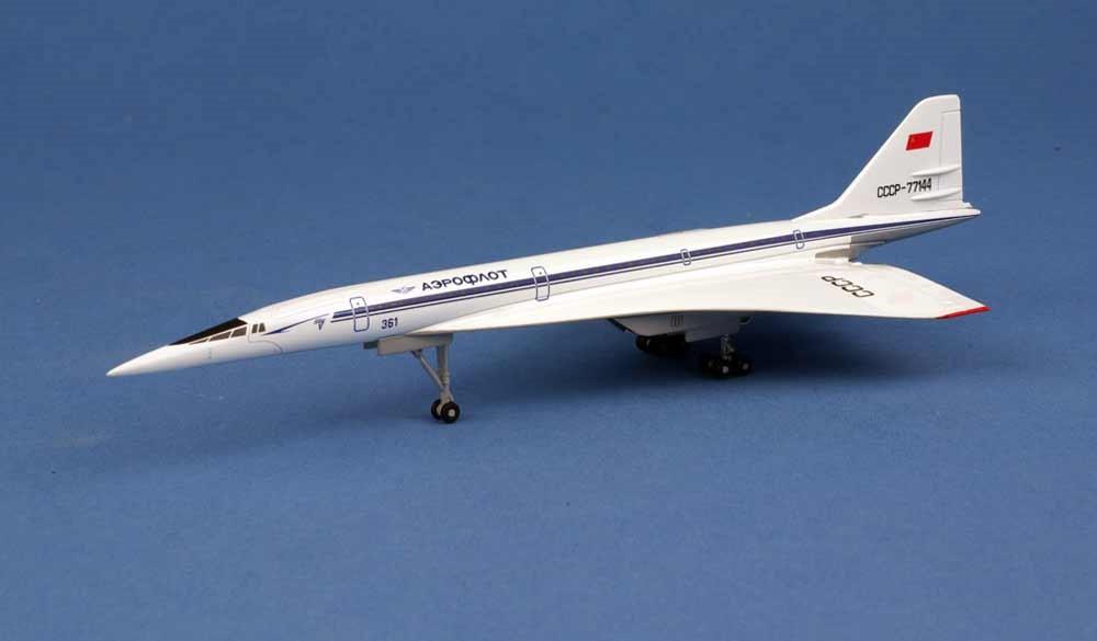 Maquette Tupolev Design Bureau TU-144S Le bourget CCCP-77144 Herpa 1/400