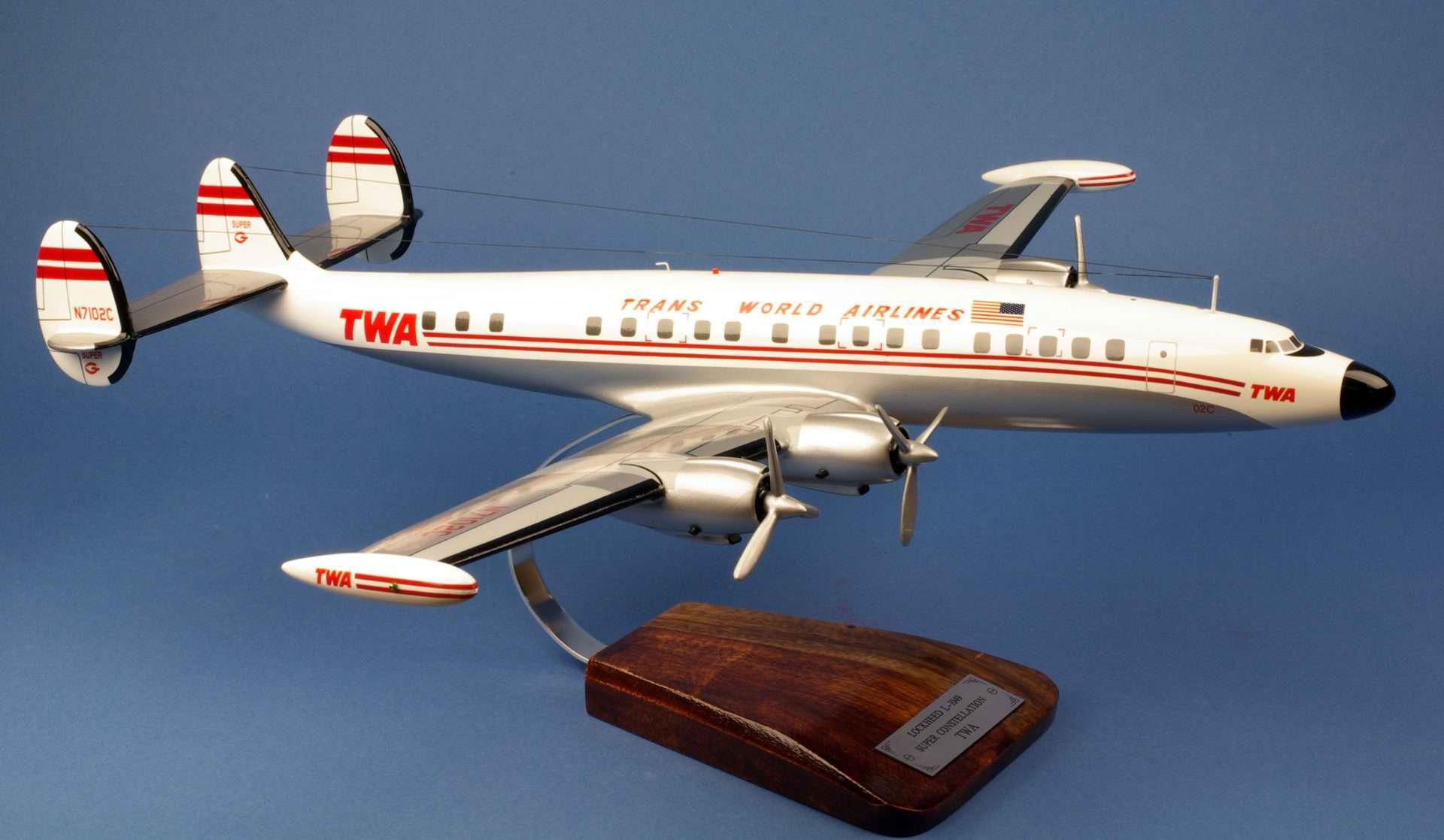 Maquette avion L1049 SuperG Constellation TWA