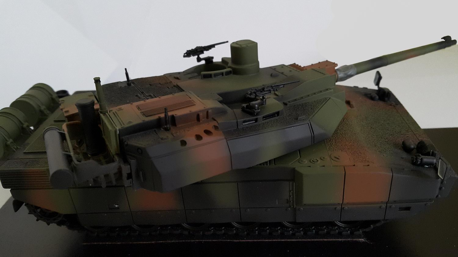 Char LECLERC GIAT Camouflage Vert OTAN 3 Tons MASTER FIGHTER BY GASO.LINE