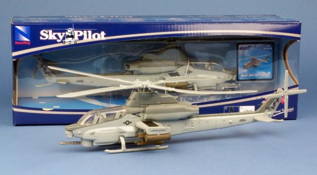 Hélicoptère Bell AH-1Z Cobra US NAVY