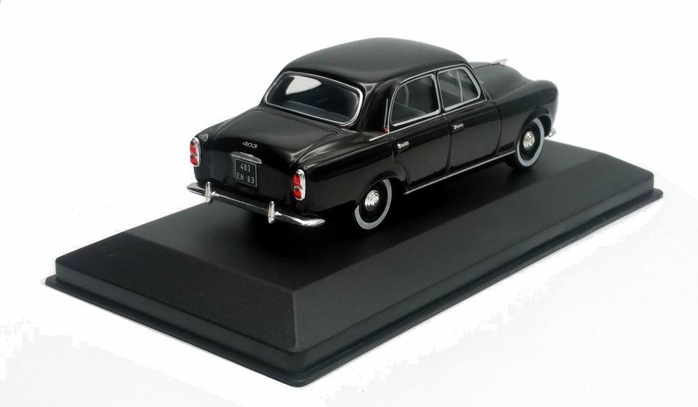 Miniature Peugeot403 1/43